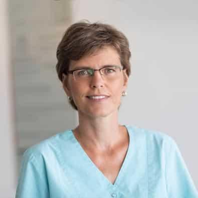Heike - Zahnmedizinische Prophylaxeassistentin (ZmP) im Zahnärzte-Zentrum Zehlendorfer Welle